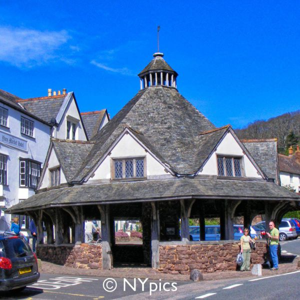 Yarn Market, Dunster