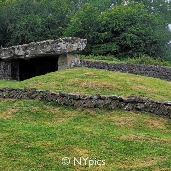 Tinkinswood Burial Chamber, Vale of Glamorgan, Near Cardiff