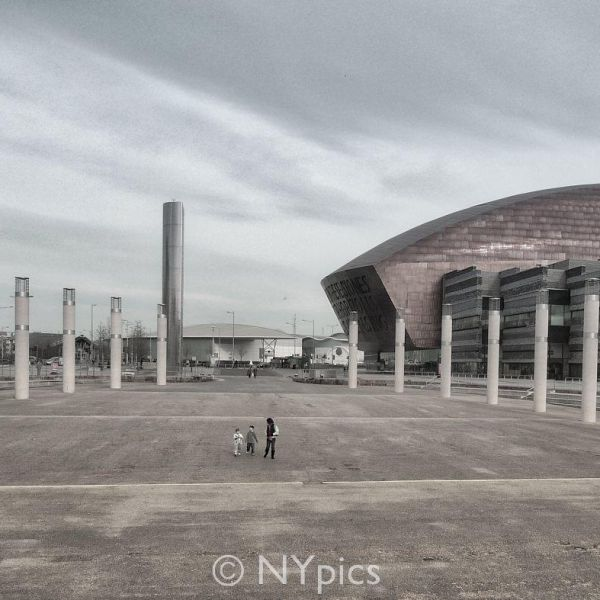 Cardiff Bay, The Oval Basin