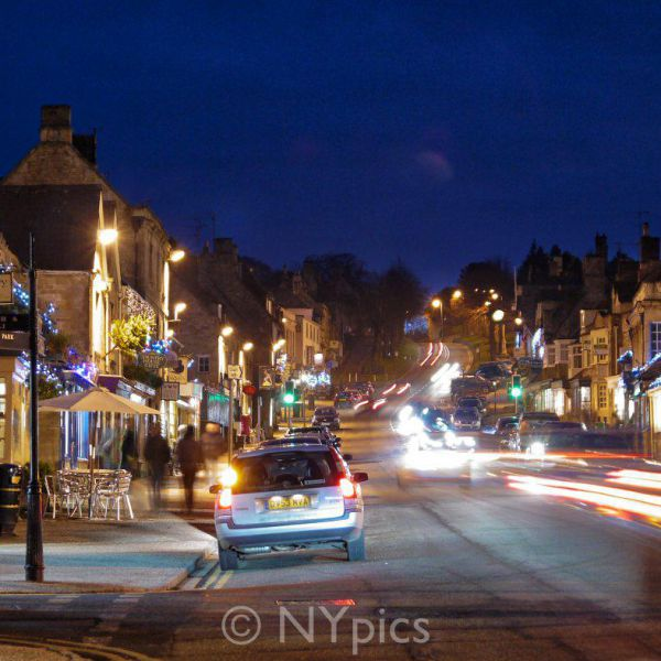 Burford, On A December Evening