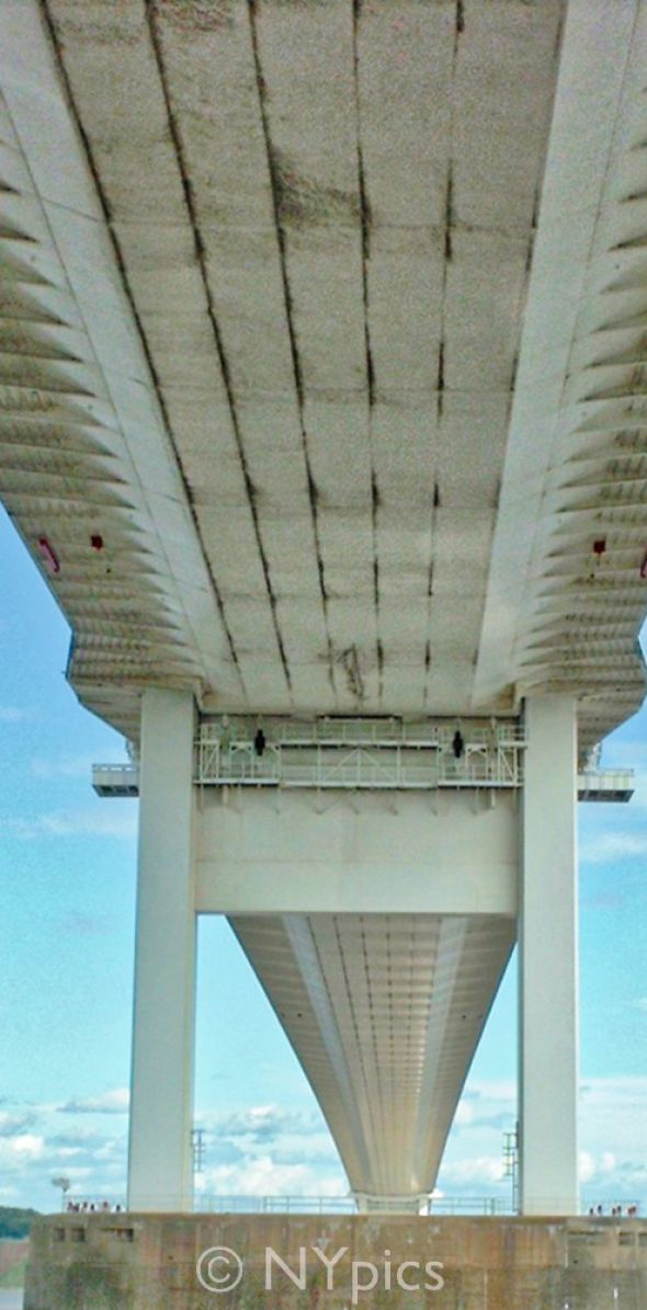 Underside of the Old Severn Bridge