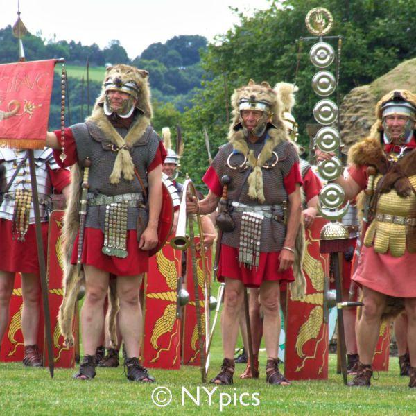 Roman Standard Bearers