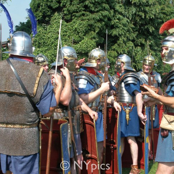 Roman Legionary Soldiers - Members of the Roman Military Research Society