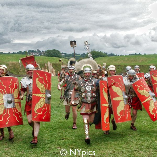 Roman Soldiers Break V Formation And Charge